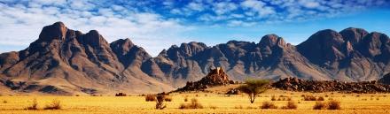 amazing-desert-black-mountains-landscape-website-header